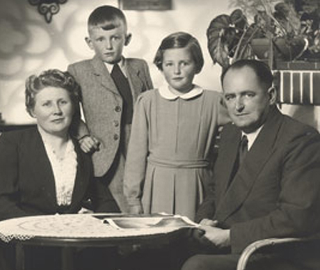 About - Family Timeline Image1